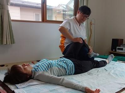 関節のずれを修正
